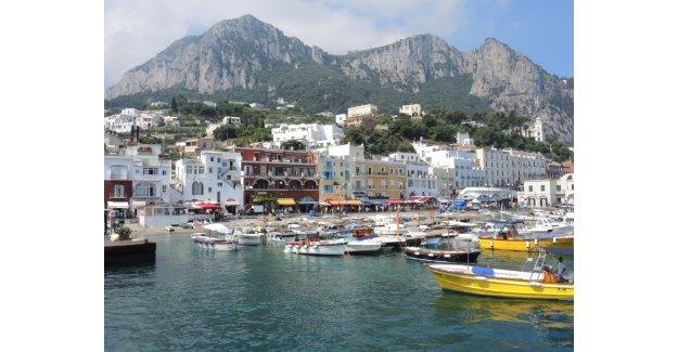 İtalya Kıyılarında Muhteşem Mavi Yolculuk