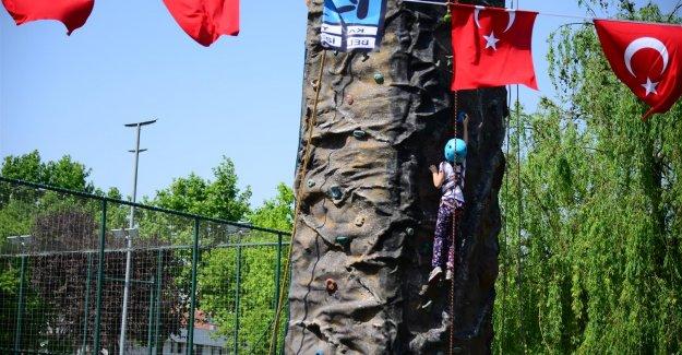 Kadıköy 19 Mayıs Gençlik ve Spor Bayramı'na hazır