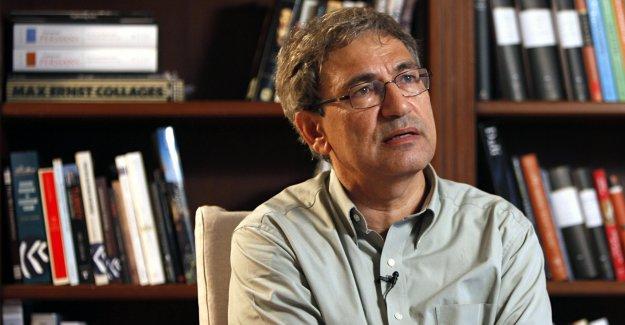 Orhan Pamuk'tan yine ağır sözler : ''İstanbulu kurtarın, korkuyoruz.''