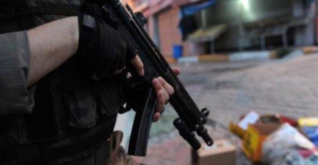 PKK'ya yardım ettiği ileri sürülen 6 kişi tutuklandı