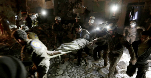 Rusya, Suriye'de cami ve hastaneyi vurdu, en az 60 ölü