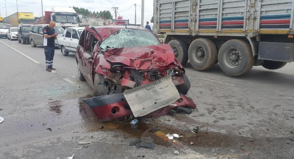 Samsun'da Trafik Kazası : 1 Ölü, 1 Yaralı