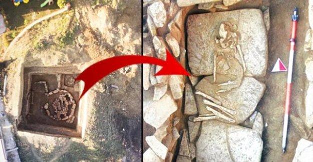 Silivri'de 5 Bin Yıllık Kurgan Mezar Bulundu