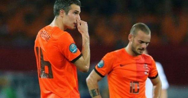 Sneijder ve Van Persie kadroya alınmadı