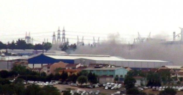 Tuzla'da Fabrikada Korkunç Yangın !