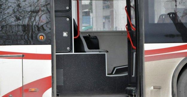 Ümraniye'de otobüse bomba atıldı