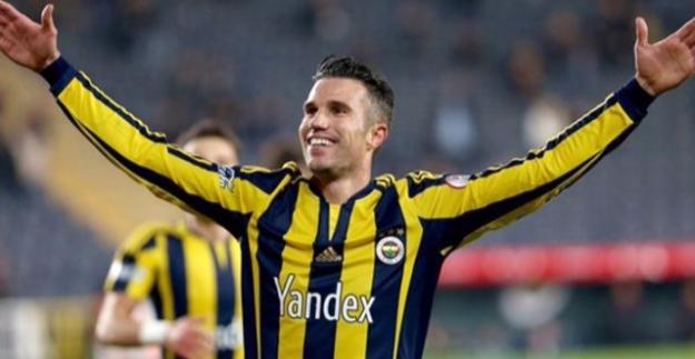 Van Persie coştu, Fenerbahçe şampiyonluk iddiasını devam ettirdi