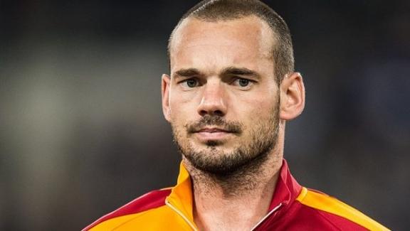 Wesley Sneijder kupa finalinde neden ikinci yarıda yoktu?