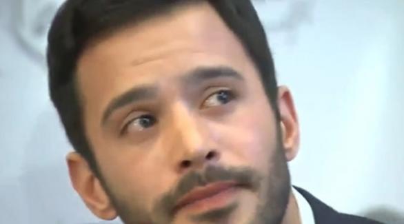 Yakışıklı oyuncu Barış Arduç gözyaşlarına hakim olamadı