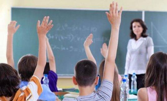 Atanamayan öğretmenler Suriyelileri eğitecek!