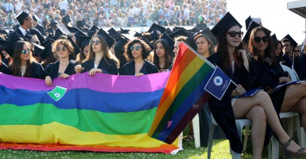 Boğaziçi Üniversitesi mezuniyet pankartları