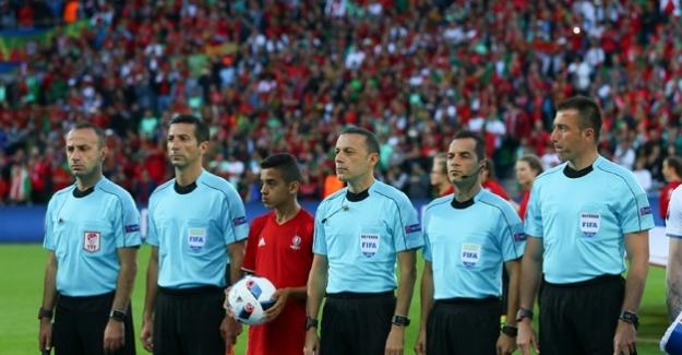 Cüneyt Çakır EURO 2016'ya devam ediyor