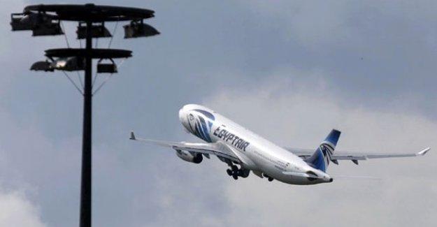 Düşen Mısır uçağından ilk sinyal!