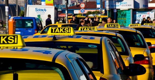 Atatürk Havalimanı'nda taksiciler 100 TL istiyor iddiası