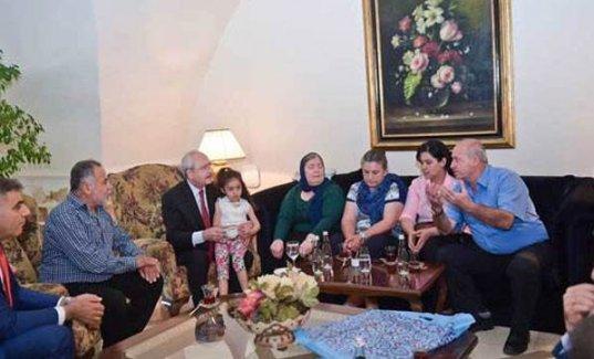 Kılıçdaroğlu Gezi eylemlerinde ölenlerin aileleriyle buluştu