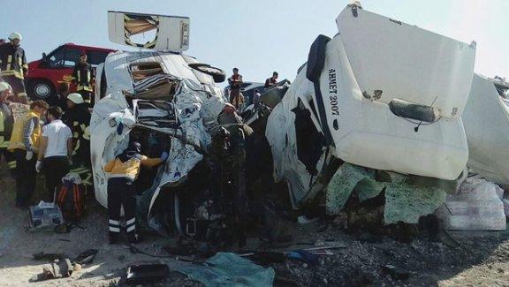 Konya'da facia gibi kaza: Ölü sayısı giderek artıyor