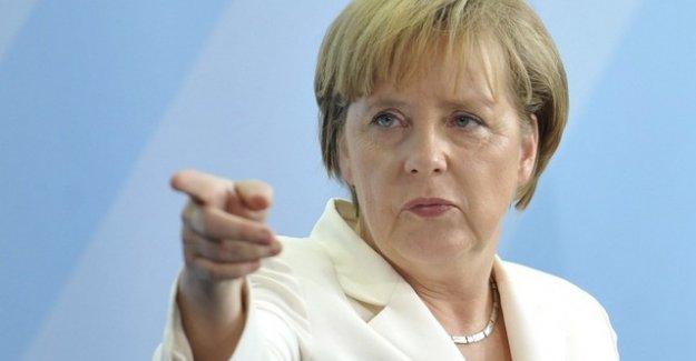 Merkel'den Türkiye'ye sert tepki!