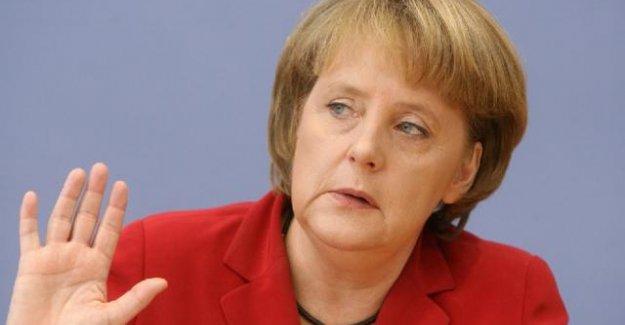 Merkel soykırım tasarısı oylamasına katılmayacak