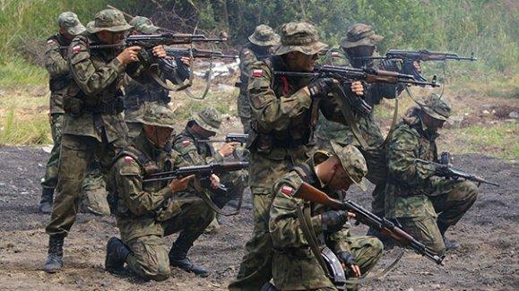 Polonya ve Rusya arasındaki ipler geriliyor