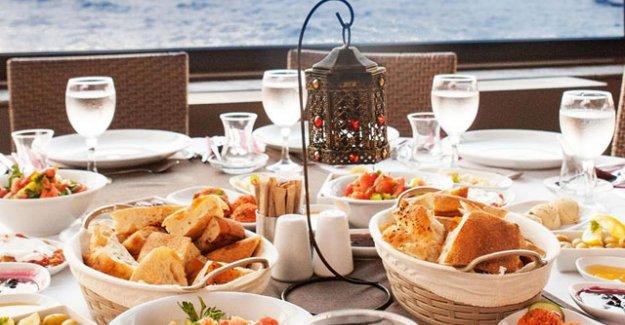 Ramazan'da kilo almamak için mutlaka sahura kalkın!