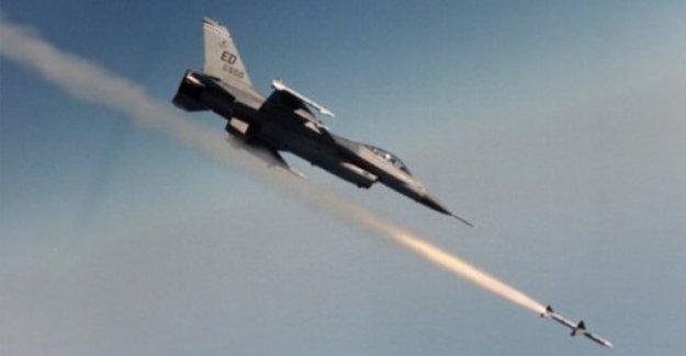 Türk jetleri PKK hedeflerini bombaladı!