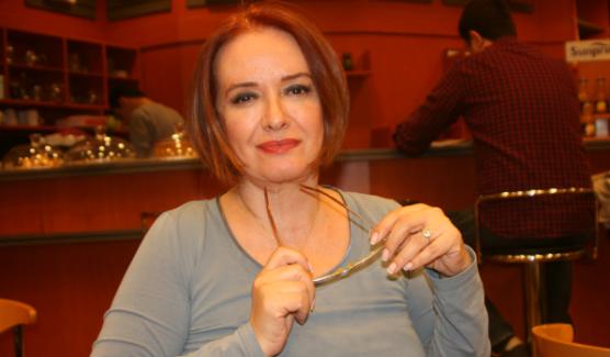 Yeşilçam'ın yıldızı Müjde Ar, Türkiye'den ayrıldı