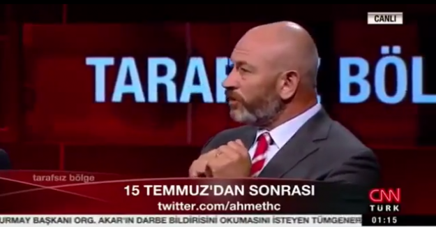 """Emekli Albay Ali Türkşen, """"Başörtülü rektörlerinizi götürüyorsunuz!"""""""