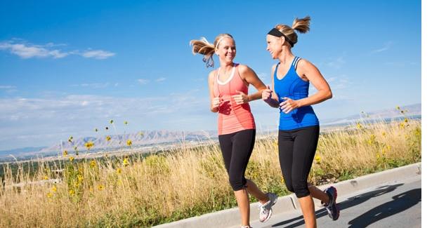 Koşsak mı yürüsek mi? Doğru yürüyüş ve koşmanın püf noktaları