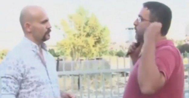 Beyaz TV muhabiri FETÖ'cü Atalay Demirci'nin suratına tükürdü