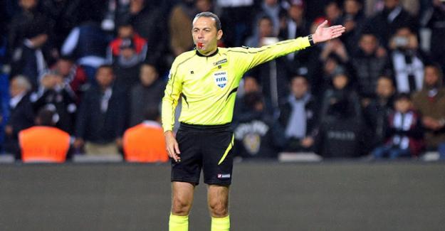 Cüneyt Çakır, Premier Lig'in şampiyonu Leicester'ın maçını yönetecek
