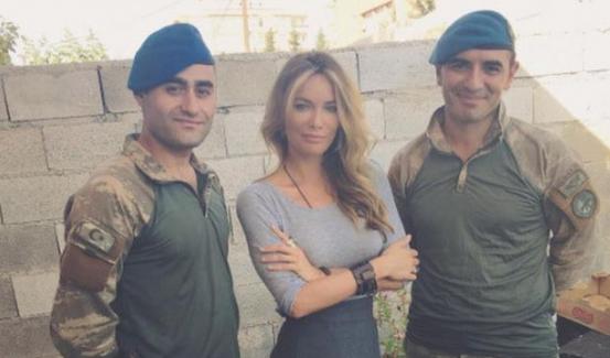 Gamze Özçelik, Karkamış sınırındaki askerleri ziyaret etti