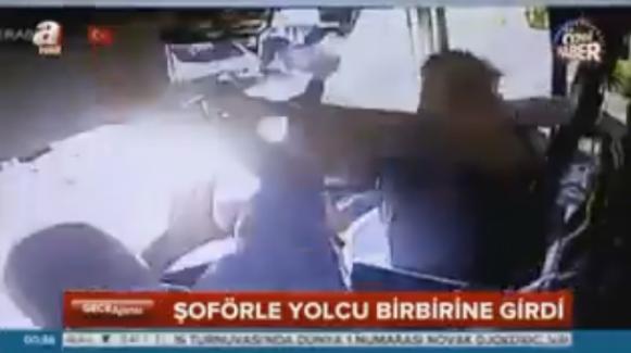 Otobüse binemeyen yolcu şoföre saldırdı (VİDEO)