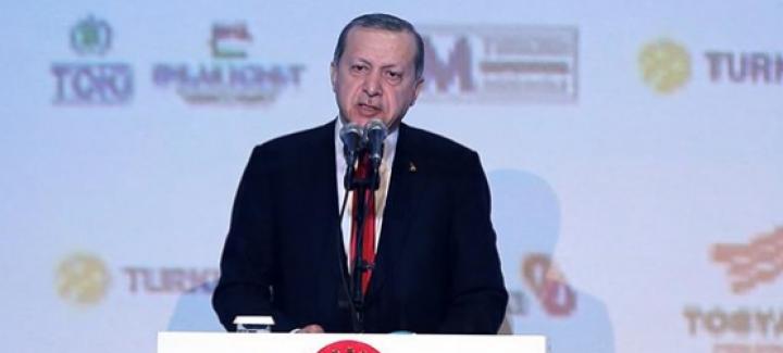 """Cumhurbaşkanı Erdoğan'dan Can Dündar'a, """"Terörist yardakçısı"""""""