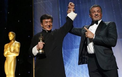 Dublörsüz geçen yılların ardından Jackie Chan'e Oscar ödülü