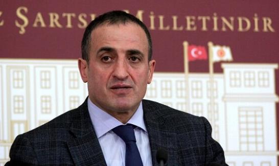 """MHP Gn. Bş. Yr. Atilla Kaya, Başkanlık sistemine, """"Hayır"""" dediği için görevinden istifa etti"""