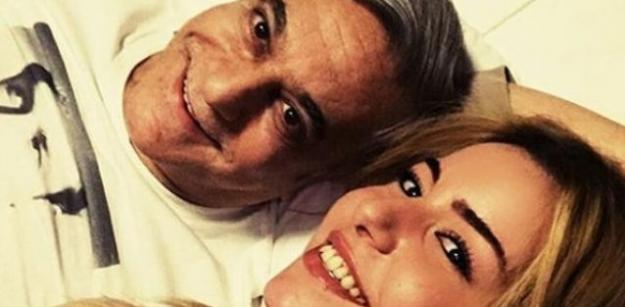 MALİ, Ağaoğlu'nun eski kız arkadaşı ile aşk yaşıyor!