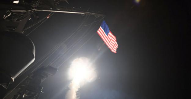 Amerika, Suriye'ye hava saldırısı düzenledi
