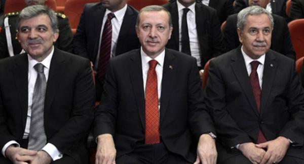 DEDİKODU: Abdullah Gül ve Bülent Arınç, AK Parti'ye davet edilecek mi?