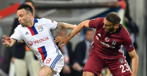 Valbuena, Galatasaray'ı takibe aldı sosyal medya yıkıldı