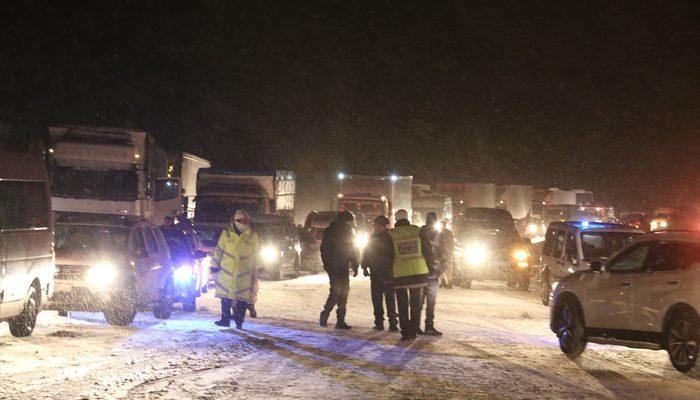 36 saat süren kar esareti sona erdi! 600 kişi kurtarıldı!