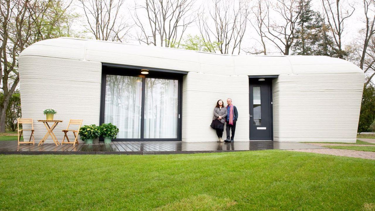 3D yazıcıyla yapılan evin kiracısı belli oldu Hollandalı bir çift, Avrupa'nın ilk tamamen 3D yazıcıyla inşa edilmiş evine taşındı. Çift 94 metrekarelik...