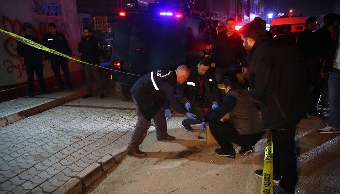 Adana'da AK Parti seçim bürosuna molotoflu saldırı