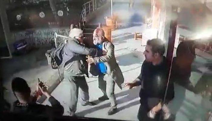 Adana'da tabureli, bıçaklı, silahlı 'küfür kavgası' kamerada!