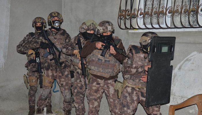 Adana'da uyuşturucu operasyonu: Çok sayıda gözaltı