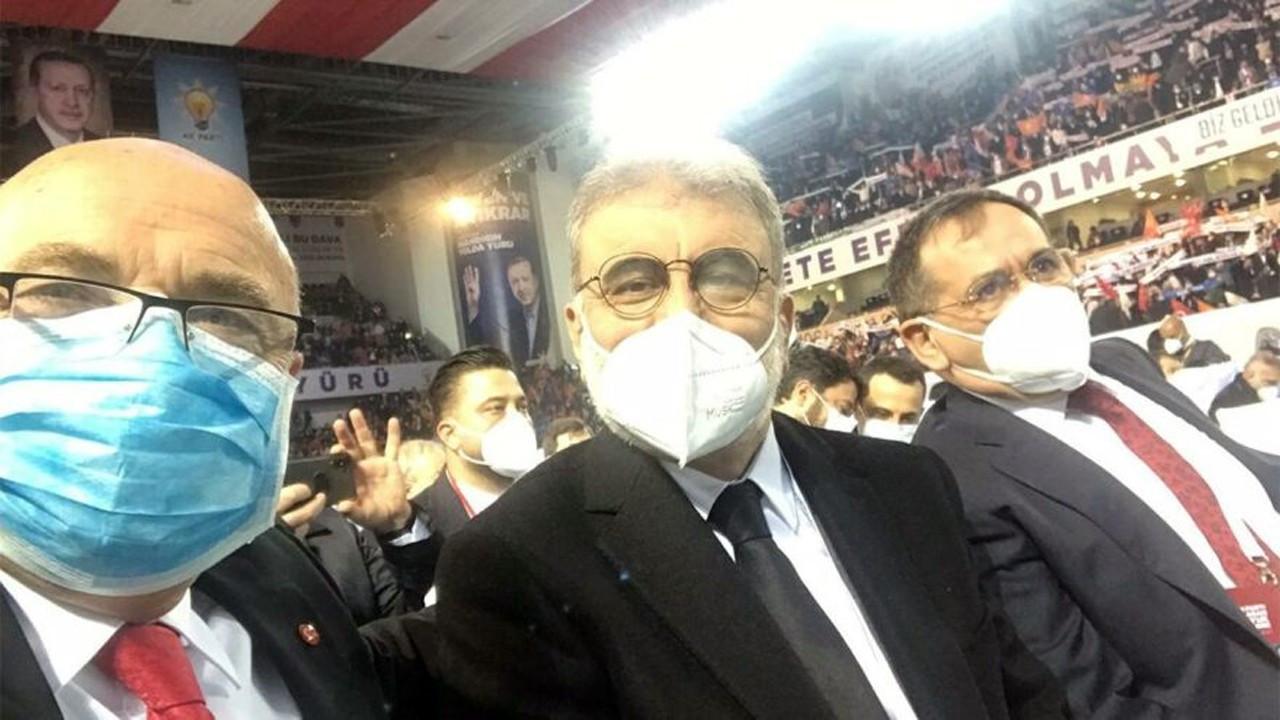 AKP kongresine katılan AKP'li vekil üzücü haberi duyurdu