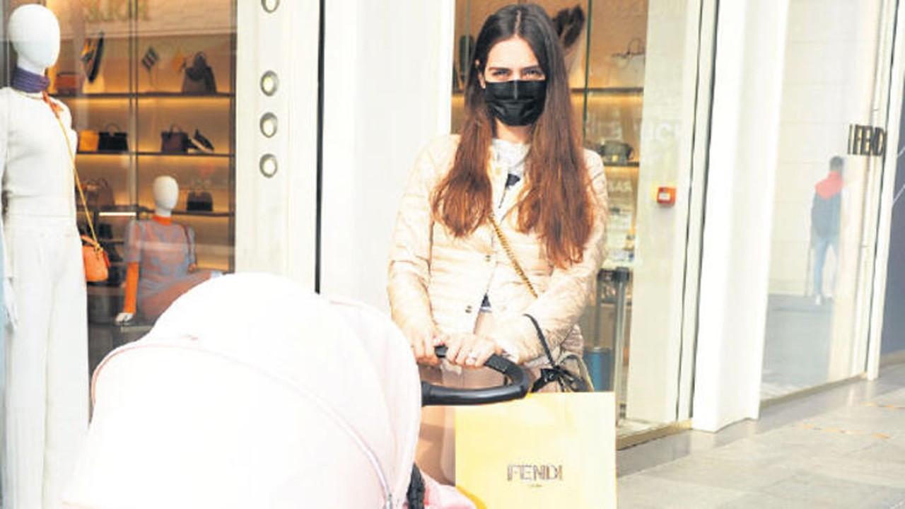 Amine Gülşe'nin pahalı alışverişi