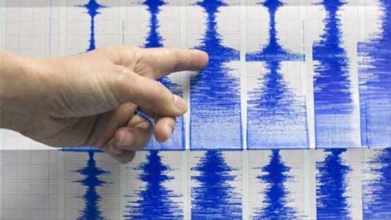 Antalya'da 4 büyüklüğünde deprem!