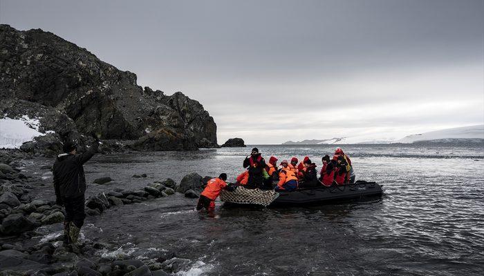 Antartika'daki Türk ekibinden yabancı üslere ziyaret