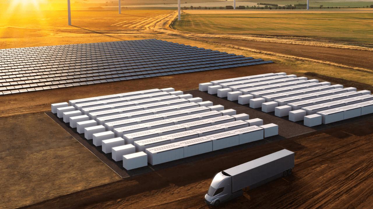 Apple, güneş enerjisi tesisi için Tesla'nın