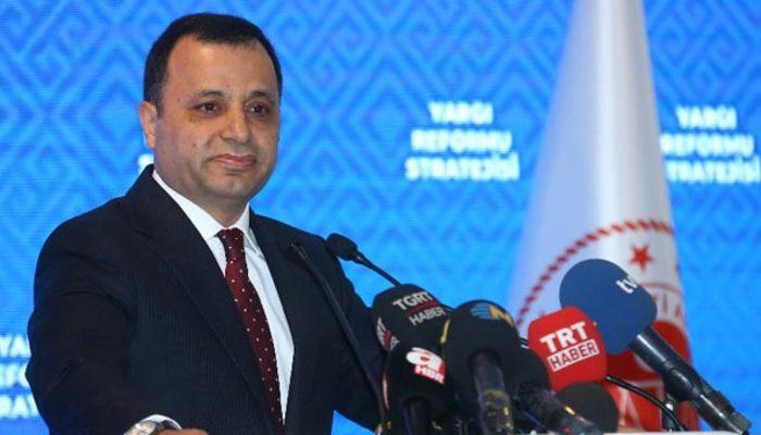 AYM Başkanlığına Zühtü Arslan'ın yeniden seçilmesi Resmi Gazete'de